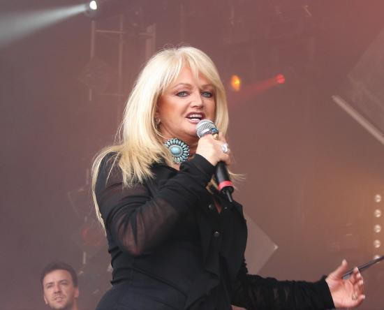 BONNIE TYLER  (photo weston f10)